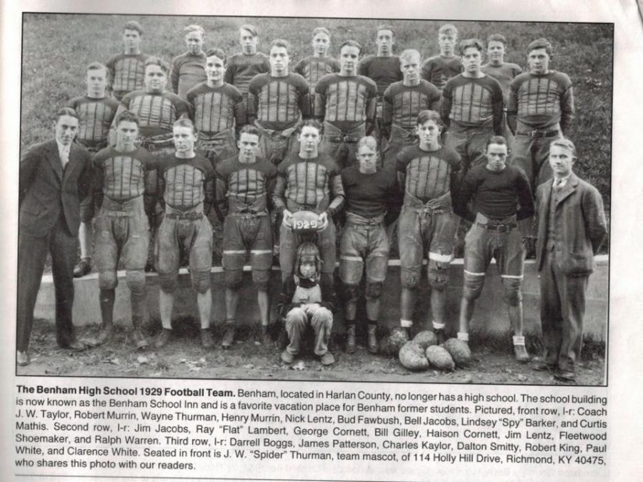 The+Benham+High+School+football+team+from+1929+is+pictured.