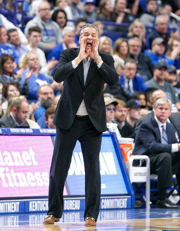 Coach+John+Calipari+shouted+instruction+in+Kentucky%27s+win+over+UAB.+