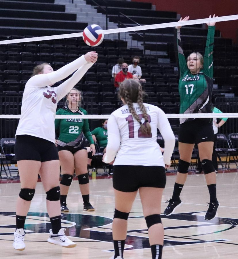 Harlan+County%27s+Lindsey+Browning+knocked+the+ball+over+the+net+as+Harlan%27s+Annie+Hoskins+waited+in+district+action+Tuesday.+Browning+had+12+kills+in+the+Lady+Bears%27+four-set+victory.