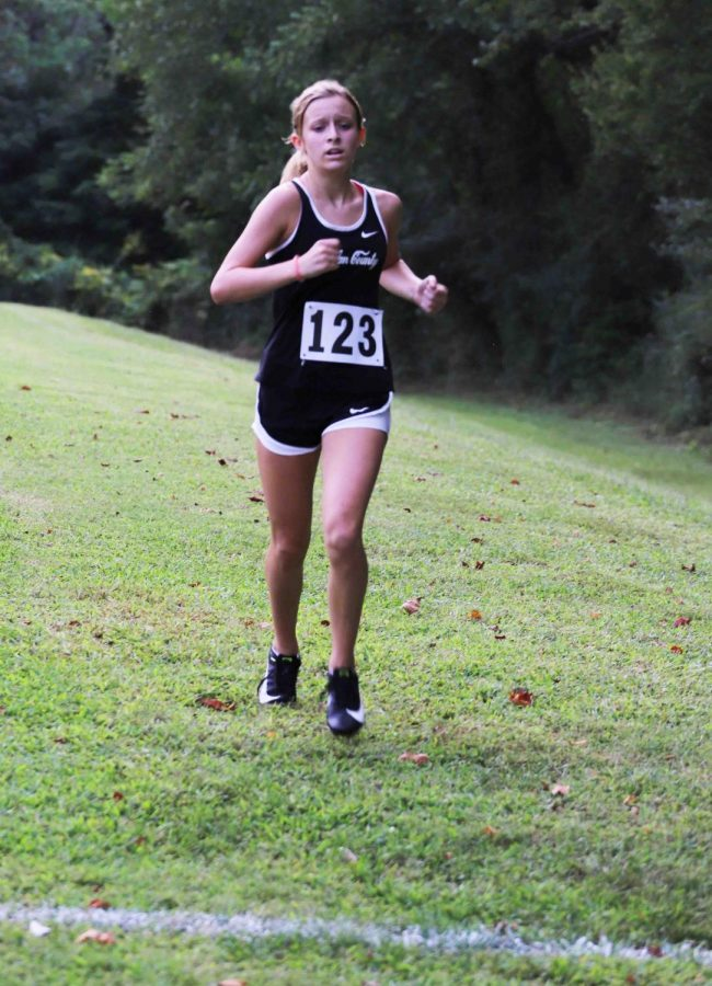 Harlan+County+eighth-grader+Peyton+Lunsford%2C+pictured+in+action+earlier+this+season%2C+placed+42nd+out+of+215+runners+in+the+Class+2A+state+meet.