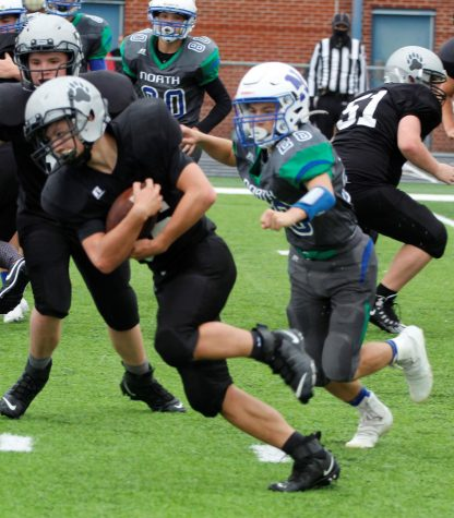 Luke Kelly scored two touchdowns for New Harlan in a playoff loss Saturday at North Laurel.
