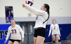 Harlan County's Katiera Lewis returned the ball against North Laurel on Tuesday in the regional tournament.