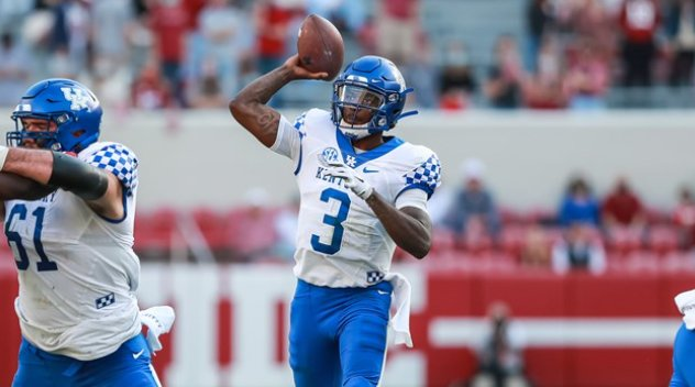 Kentucky+quarterback+Terry+Wilson+throws+a+pass+in+last+week%27s+63-3+loss+at+Alabama.+The+Wildcats+are+at+No.+6+Florida+on+Saturday+at+noon.+