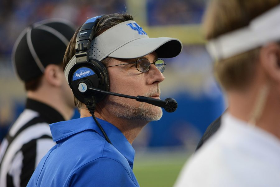 Kentucky+offensive+coordinator+Eddie+Gran+was+relieved+of+his+duties+on+Sunday.+