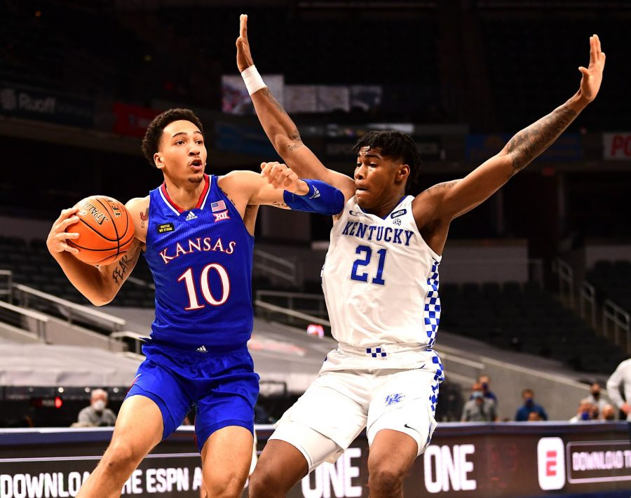 Kentucky forward Isaiah Jackson defended against Kansas' Jalen Wilson in a 65-62 loss to the Jayhawks earlier this week in Indianapolis.