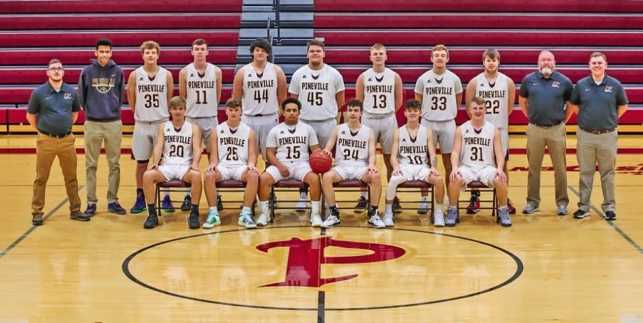 Pineville+Mountain+Lions%0ATeam+members+include%2C+from+left%2C+front+row%3A+Keean+Fuson%2C+Logunn+Littles%2C+Ty+Clark%2C+Ashton+Burns%2C+Ian+Middleton+and+Sawyer+Thompson%3B+back+row%3A+freshmen+coach+Robert+Daniels%2C+video+coordinator+Jaden+Boateng%2C+Timmy+Gambrel%2C+Sean+Phipps%2C+Scotty+Coffman%2C+Brady+Phipps%2C+Eli+Thompson%2C+Evan+Billiter%2C+Dakota+Walters%2C+junior+varsity+coach+Bill+Keyes+and+coach+Brad+Levy%3B+not+pictured%3A+Ashton+Moser%2C+Gionni+Hudson+and+assistant+coach+Mark+Moser.
