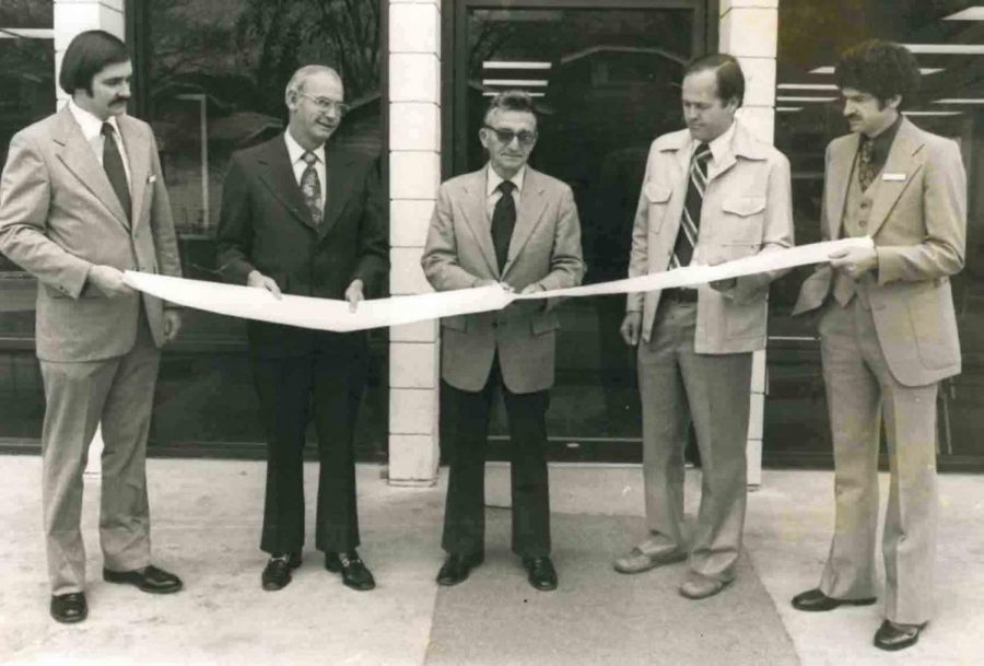 Dr. J.D. Miller, Evarts Mayor Jim Hendrickson, Bill Buckner, Dr. David Steinman and Clinic Administrator Britt Lewis are pictured during a ribbon-cutting ceremony at the Clover Fork Clinic in 1977.