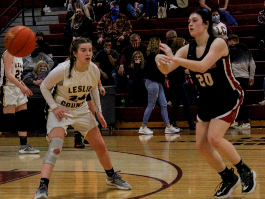Leslie+County%27s+Emily+Bowling+defended+as+HCHS+junior+Jaylin+Smith+made+a+pass+during+Friday%27s+game.+The+Lady+Eagles+grabbed+a+16-point+lead+after+one+quarter+on+the+way+to+a+71-50+win.