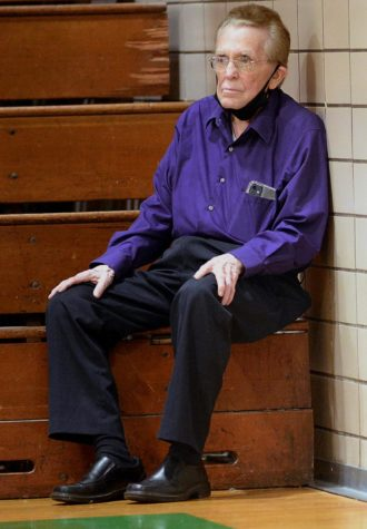 Luther Blanton, the official scorekeeper for multiple district tournaments through the years, attended the 52nd DIstrict Tournament on Friday at Harlan. It was the 64th straight tournament he attended, going back to his freshman year at Wallins HIgh School in 1958.