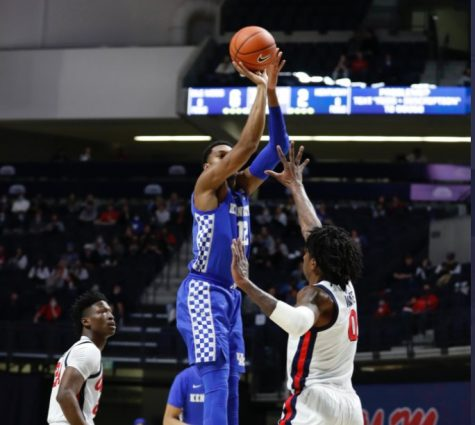Keion Brooks led Kentucky with 16 points in a 70-62 loss at Mississipi on Tuesday night.