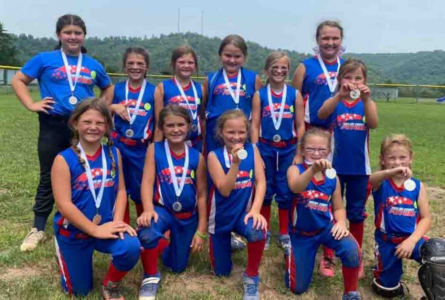 The+HC+Future+softball+team+placed+second+recently+in+the+Southeast+Showcase+at+Whitesburg.