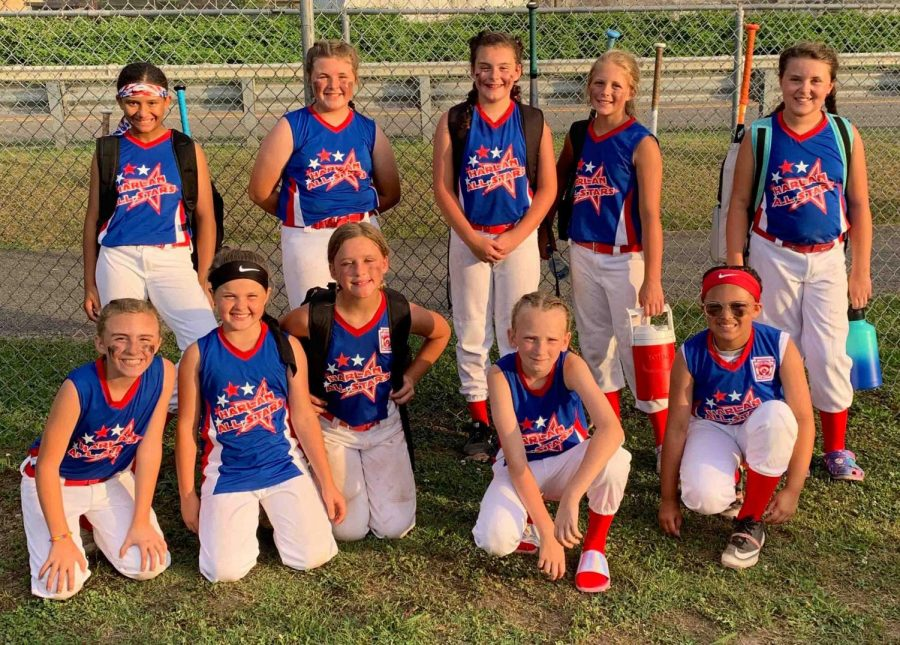 Team members include, from left, front row: Adelynn Burgan, CayleeAnn Yount, Carmen Gamboa, Priscilla Stewart and JaLynn Pennington; back row: Addyson Patton, Jaylin Robinson, Raegan Landa, Maddy Fields and Kelsie Middleton; not pictured: Jaycee Simpson and coaches Scott Lewis, Courtney Burgan and Rhileigh Alred.