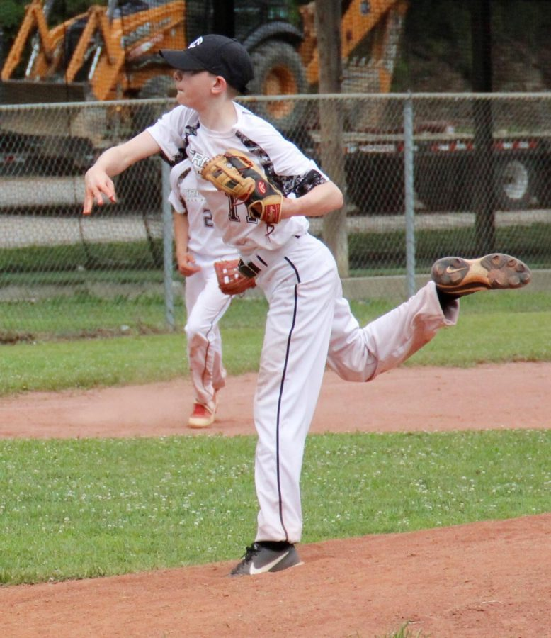 Tri-City All-Star Josh Duckworth delivered a pitch in the first game of a doubleheader Saturday at Leslie County.