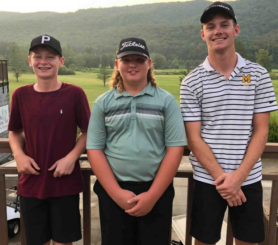 Harlan+Countys+Brayden+Casolari+%28center%29+was+the+winner+in+the+first+PIne+Mountain+Golf+Conference+tournament+of+the+season+on+Tuesday%2C+defeating+Middlesboros+Tyler+Harris+%28right%29+in+a+playoff.+Harlan+County+seventh-grader+Cole+Cornett+%28left%29+placed+third.
