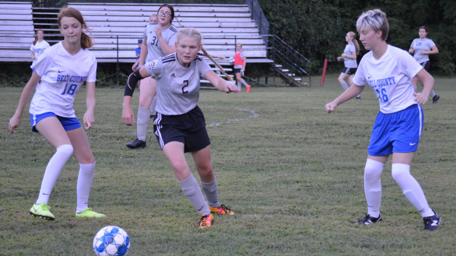 Harlan County senior Leah Taulbee went after a loose ball in a match against Bell County earlier in the season.