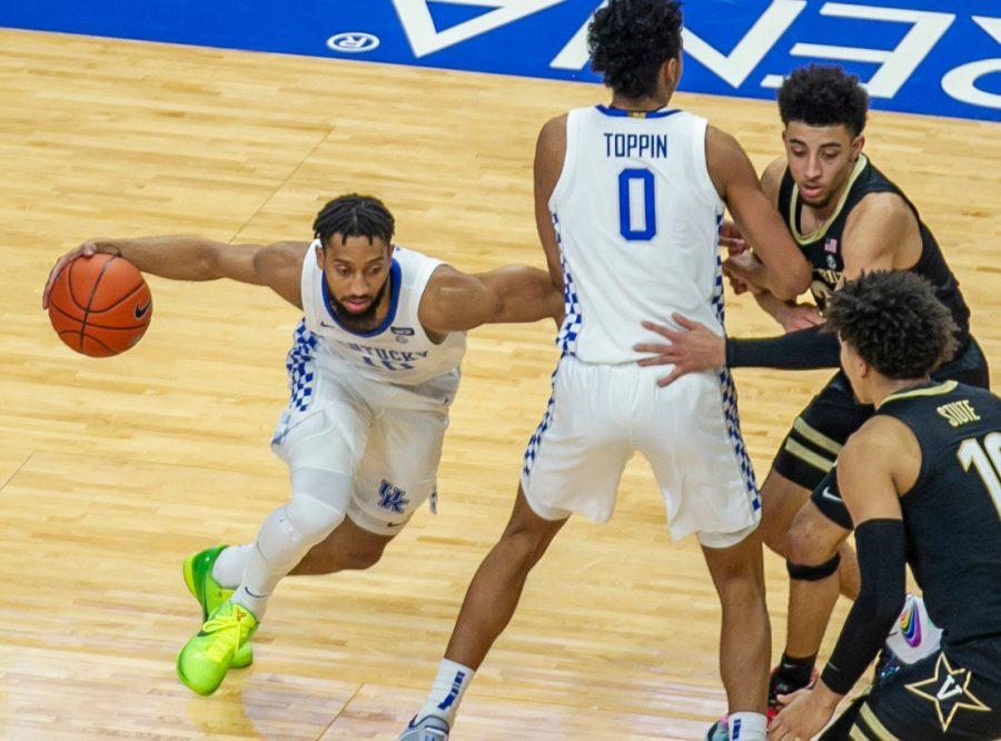 Kentucky's Davion Mintz made a move behind Jacob Toppin's screen in a 77-74 win over Vanderbilt last season. (Kentucky Today/Tammie Brown)