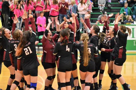 The Harlan County Lady Bears celebrated a three-set win over Harlan on Monday in the first round of the 52nd DIstrict Tournament. The Lady Beas will play Bell County on Tuesday at 6 for the district title.
