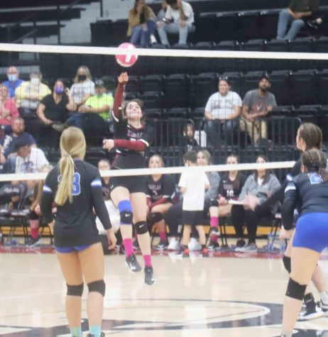 Harlan County senior Serenity Whitehead returned the ball during district action against Bell County.