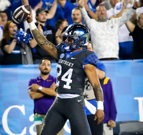 Kentucky running back Chris Rorriguez celebrated a touchdown in a win over LSU last weekend. The Wildcats will take on No. 1 Georgia on Saturday in Athens.